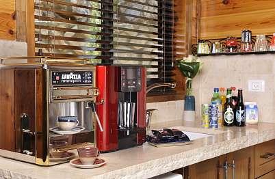 המטבחון מאובזר ומצויד עם טכנולוגיה מתקדמת